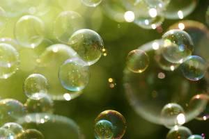 Så här gör du såpbubblor