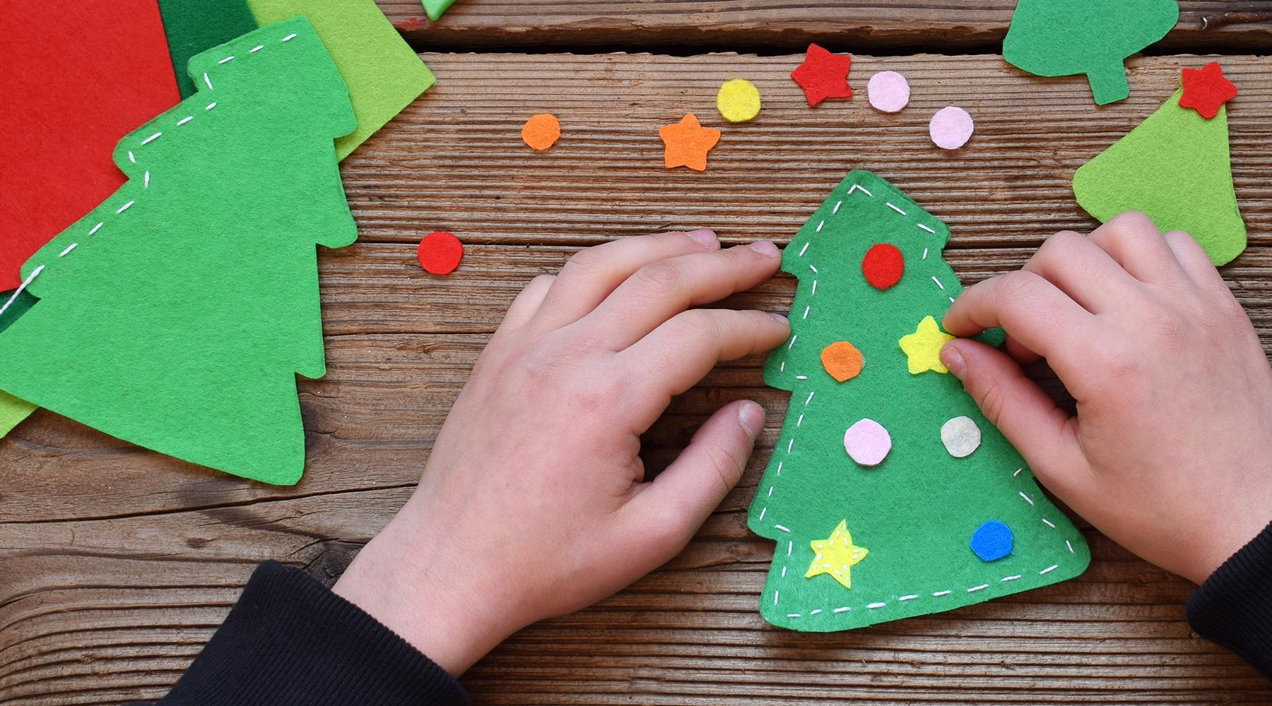 Enkel hemmagjort julpynt till årets julverkstad