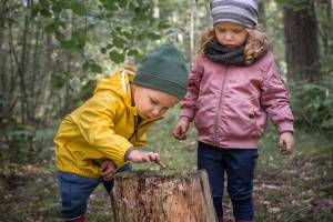 Vilka ombyteskläder borde barnet ha med till förskolan?